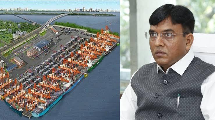Mansukh Mandaviya reviews the development of India's 1st Trans-shipment hub – Vallarpadam Terminal of Cochin Port