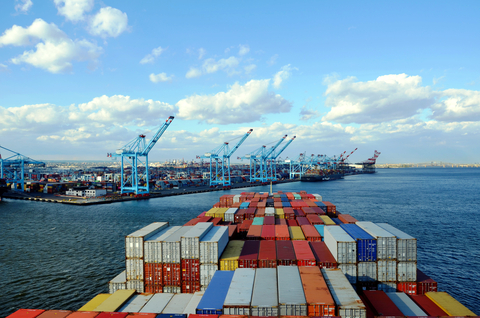Container Shipping service levels dropping as costs and rates rise : Drewry