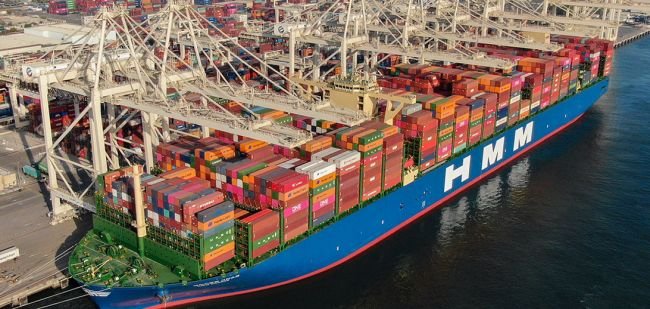 World Biggest Container Ship Welcomed On Its Maiden Voyage At Jebel Ali Port