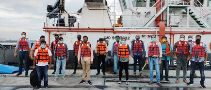 Govt Allows Foreign Seafarers To Sign On At Indian Ports