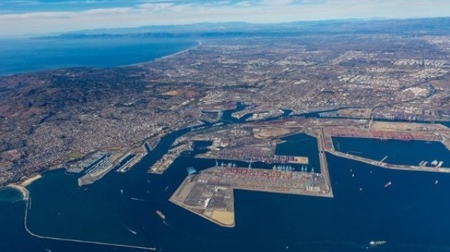 Trade Associations Call on FMC to Address Bottlenecks and Port Charges