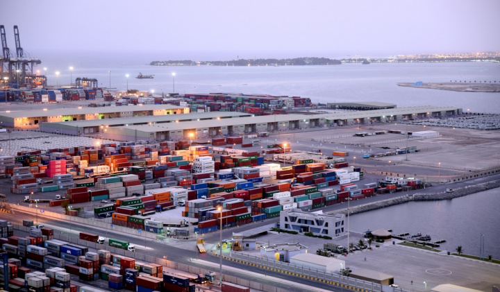 Red Sea Gateway Terminal To Sell 40% Stake To Cosco And PIF