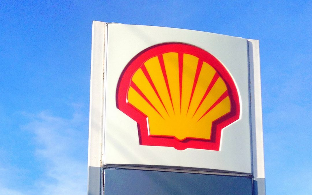 Shell Expands LNG Bunkering Network With New Vessel Charter