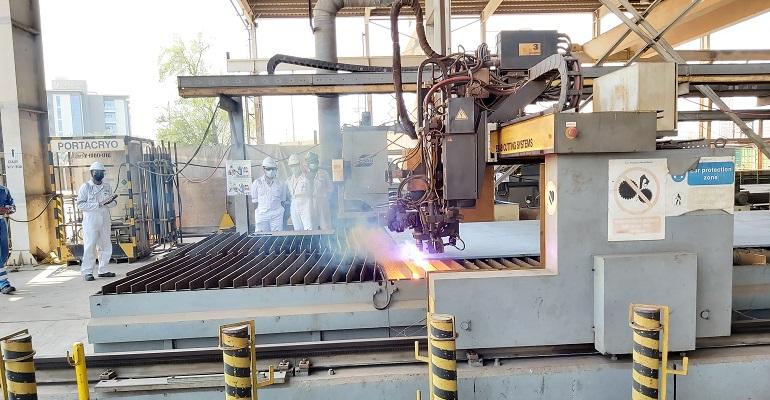 Drydocks World Dubai Cuts First Steel On FSO Conversion